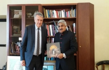 Meeting of Ambassador Wadhwa with Minister for Education and Culture of Republic of San Marino