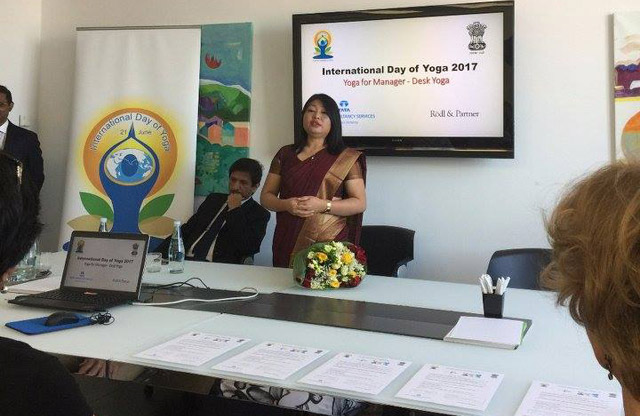 IDY-2017 Celebrations: special Yoga session focused on executives held at offices of Rodl & Partners (19.6.2017)