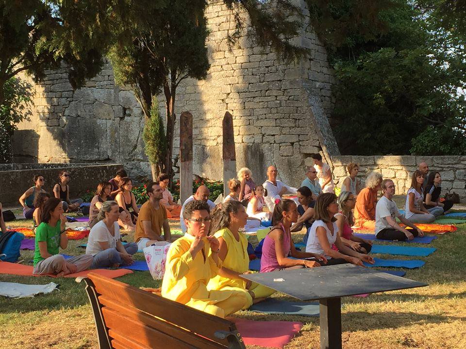 Yoga session held at San Marino (21.6.2017)