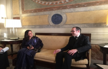 Ambassador Mrs. Reenat Sandhu calls on H.E. Nicola Renzi, Secretary of State for Foreign Affairs, San Marino. (23rd, Jan. 2018)