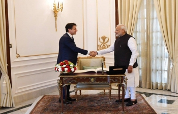 Oct 30th: PM Narendra Modi held talks with Italian PM Giuseppe Conte.  Reviewed bilateral relations & agreed to work together on expanding partnership in trade & investment, defense & security, S&T, renewable energy, counter-terrorism, regional & global issues.