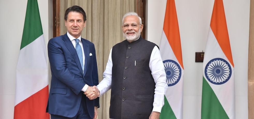 PM Narendra Modi receiving Italian Prime Minister Giuseppe Conte in New Delhi
